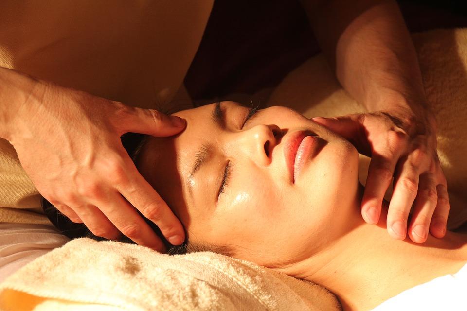Tecniche di massaggio: benefici e controindicazioni
