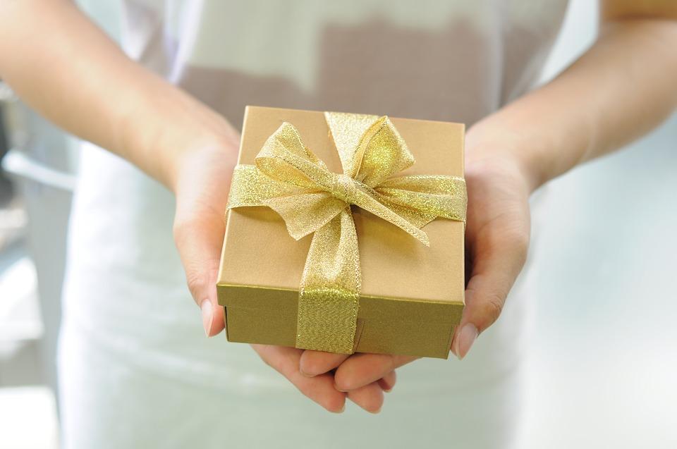 Cosa regalare per anniversario di matrimonio dei genitori?