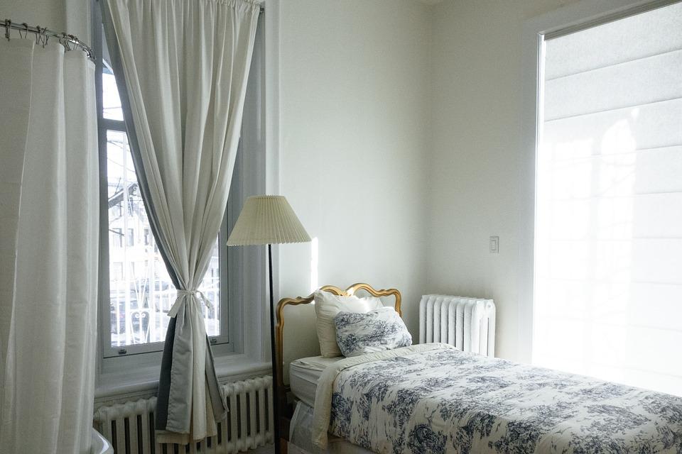 3 segreti base per arredare la camera di un hotel con gusto